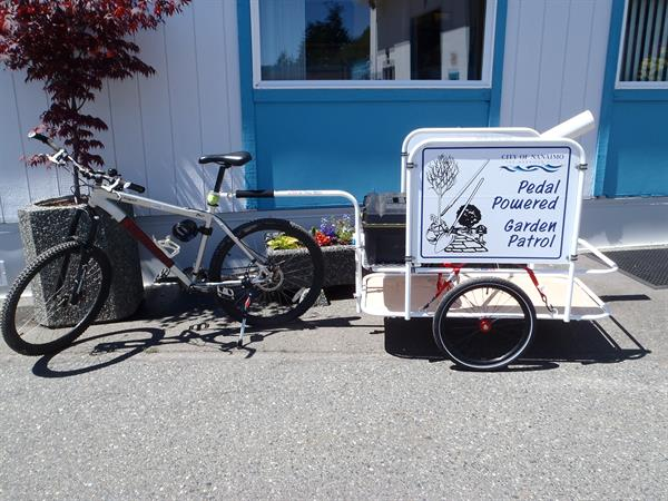 park-mountain-bike-and-trailer